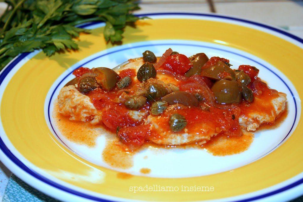 Pesce spada alla siciliana: con pomodoro, olive e capperi