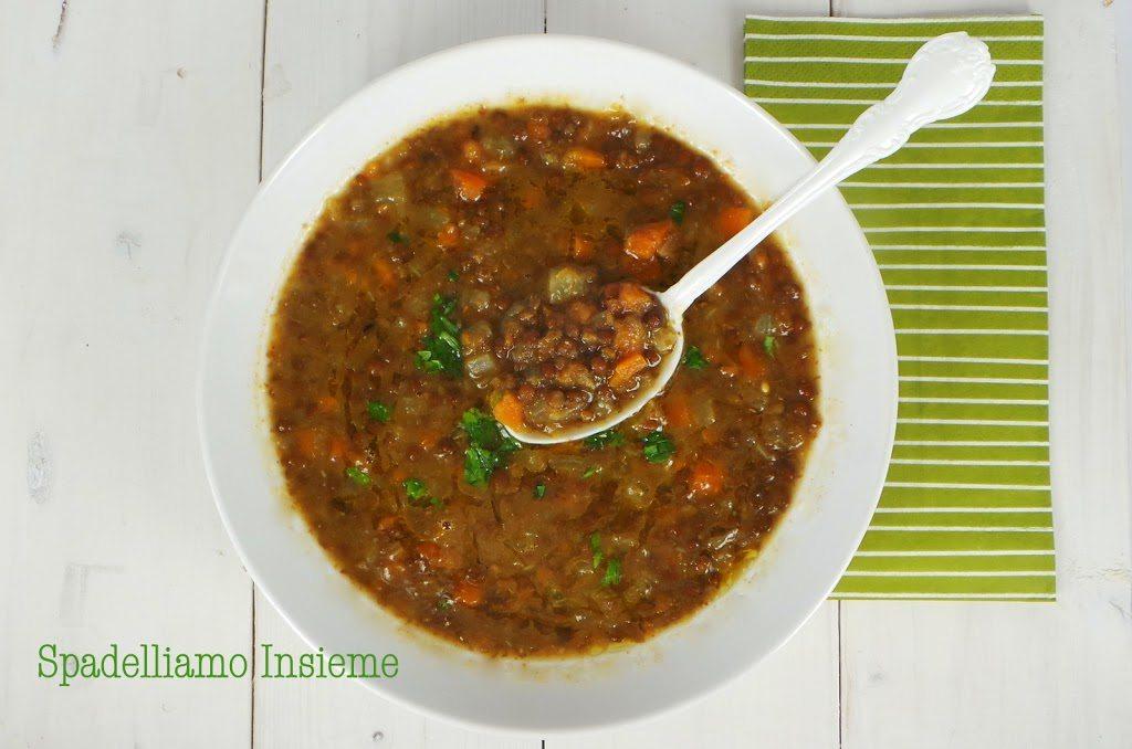 Minestra di lenticchie, semplice e rustica