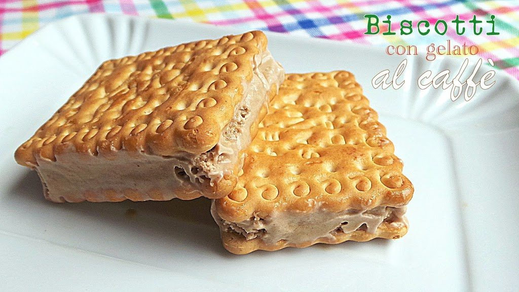 Biscotto con gelato al caffè, dolcetto estivo facile e goloso!