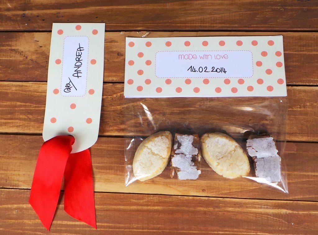 Un'idea per un San Valentino low budget. Eccola, printable per biscotti e etichetta per pacchetto