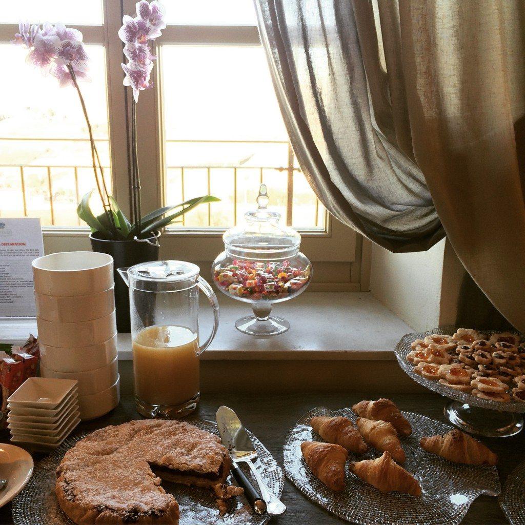 colazione con vista villa fontana