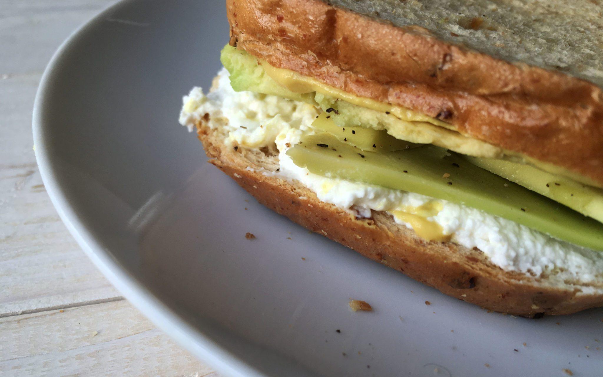 toast-gourmet-avocado-dettaglio
